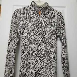 Lucy Brown White Half Zip M